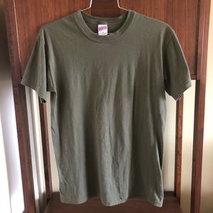 vintage • USA made 50/50 thin green T-shirt